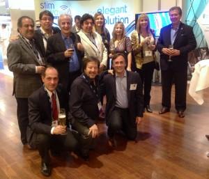 Miembros de la SANE participantes del 11 Congreso Mundial de Neuromodulación. Parados: M. Lumi, C. Lingeri, O. Stella, E. Bernich, N. Rosenfeld, C. Simeone. Sentados: E. Herrera, F. Piedimonte, C. Muñoz.